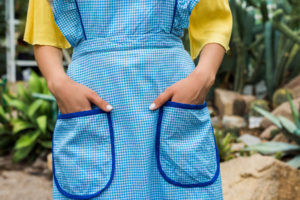 The Best 10 Gardening Aprons For 2021